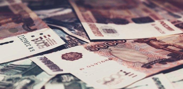 30-летняя горожанка перечислила на счет мошенников все сбережения – 272 тысячи рублей