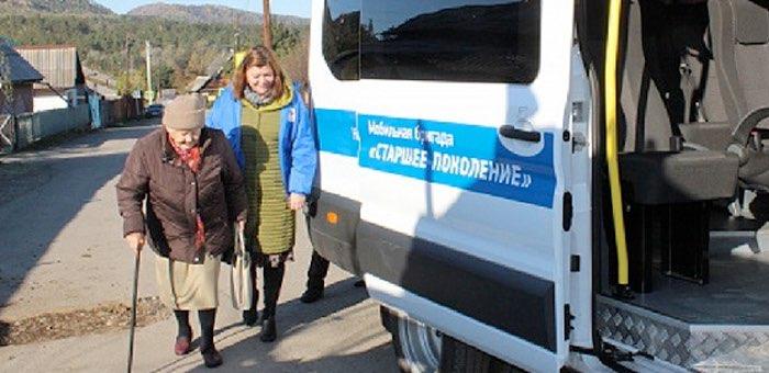 347 пожилых людей доставили мобильные бригады в больницы за три месяца