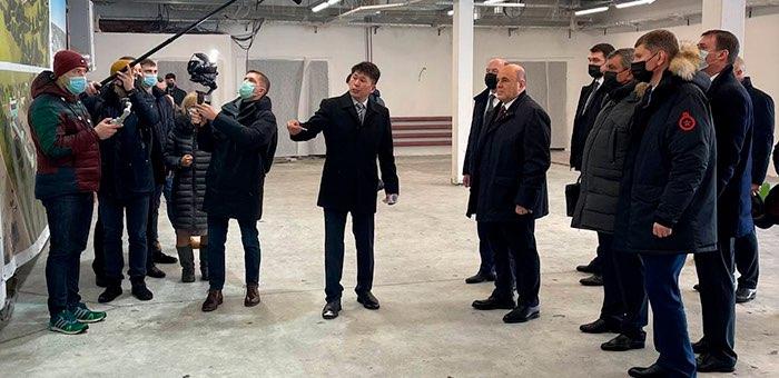 Михаил Мишустин побывал на строительстве агропромпарка в Майминском районе
