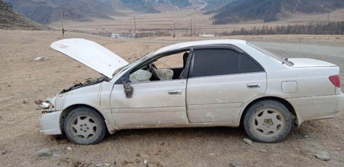 Жительница Онгудайского района перевернулась на Toyota Carina