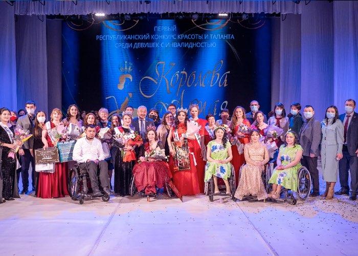 «Королевой Алтая» стала Алена Бабушкина из Горно-Алтайска