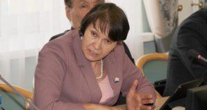 Судьи против Деминой: Госсобранию предложили проверить депутата на «этичность»