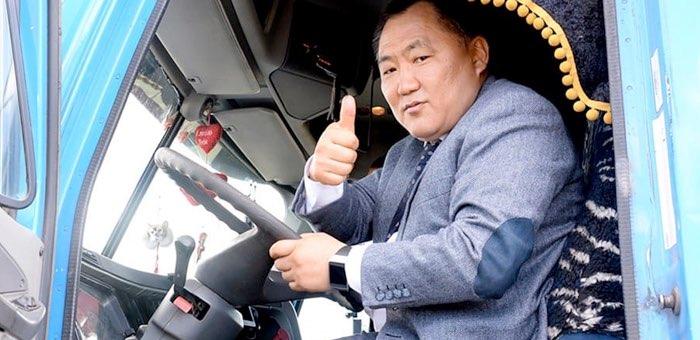 Новости соседей: глава Тувы ушел в отставку