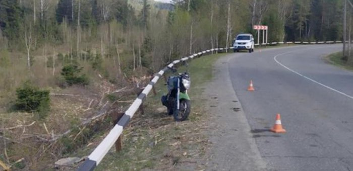 Госпитализацией закончилась поездка 16-летнего подростка на мотоцикле