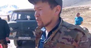 Прокуратура проверит действия местного жителя, который требовал с туристов деньги за проезд по территории