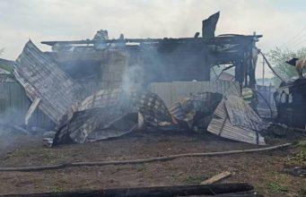 В Горно-Алтайске за день сгорел еще один жилой дом