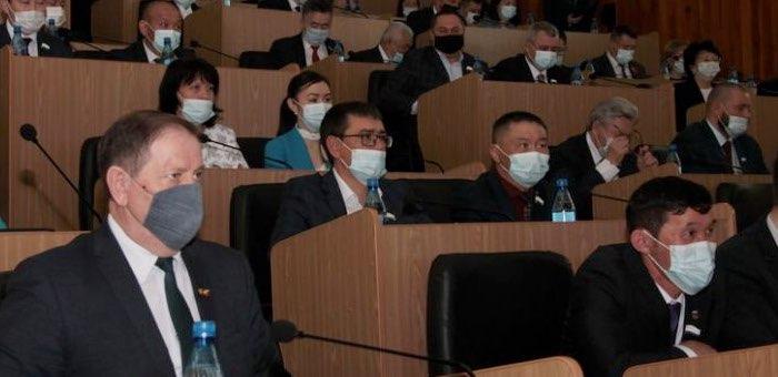 Как депутаты голосовали по отчету Олега Хорохордина