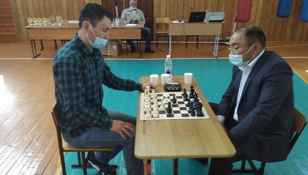 Турнир по шахматам памяти Аржана Иташева прошел в Усть-Муте