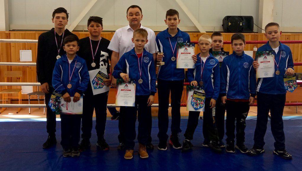 Спортсмены из Горно-Алтайска стали победителями и призерами турнира по кикбоксингу