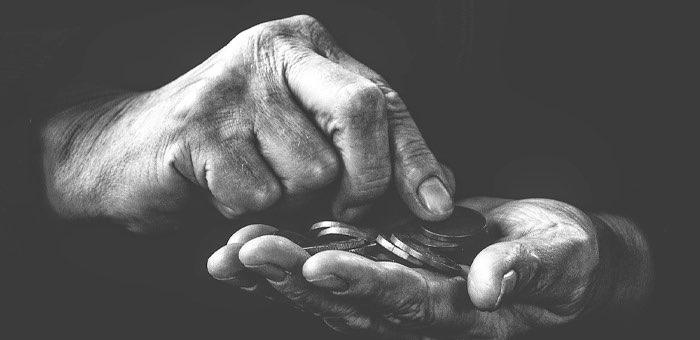 Горожанин, продававший дом, после общения с мошенниками попал в кредитное рабство