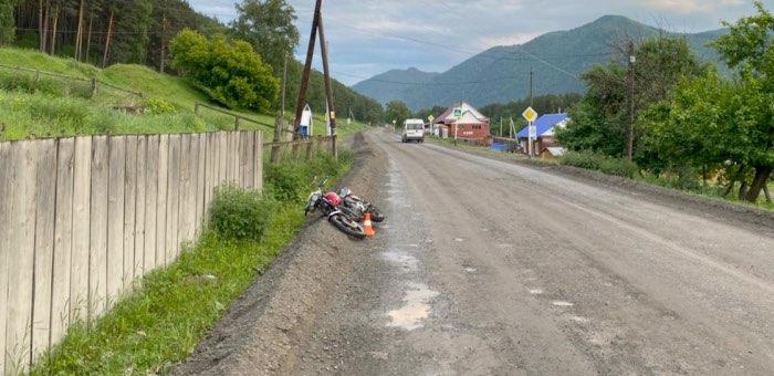 Пьяный мотоциклист без прав устроил ДТП в Элекмонаре