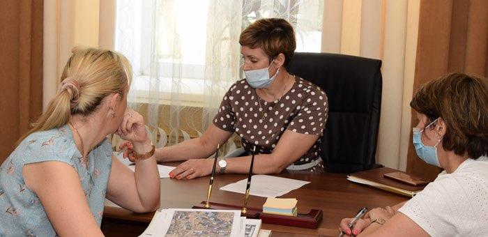 16 человек обратились к главе городской администрации во время личного приема