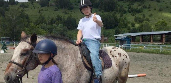 Соревнования по конному спорту прошли в Горно-Алтайске