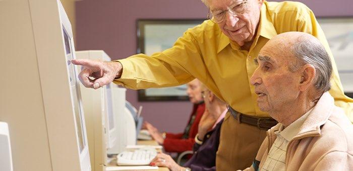 В республике прошел чемпионат по компьютерному многоборью среди пенсионеров
