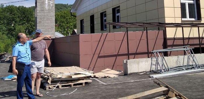Прокуратура: строительство школы на Заимке ведется с отставанием от графика