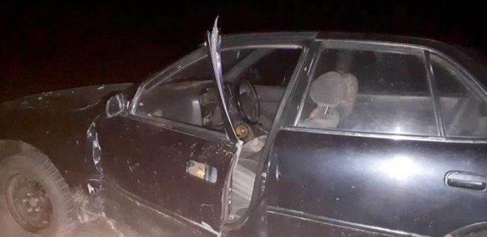 На Чуйском тракте КАМАЗ сбил водителя, садившегося в припаркованный автомобиль