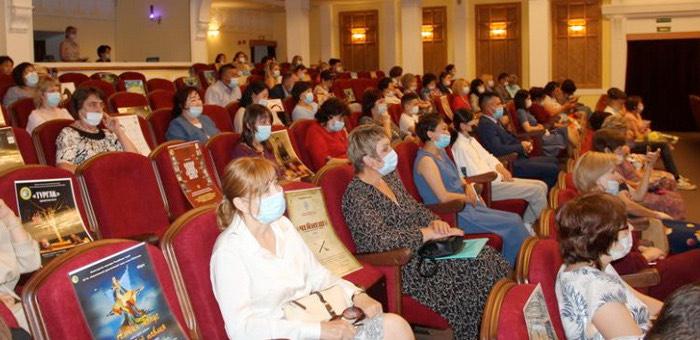 Социальные работники получили государственные награды