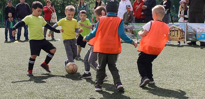 В Горно-Алтайске прошли соревнования по футболу среди воспитанников детских садов