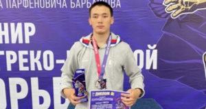 Юрий Тапаа стал победителем Всероссийского турнира по греко-римской борьбе