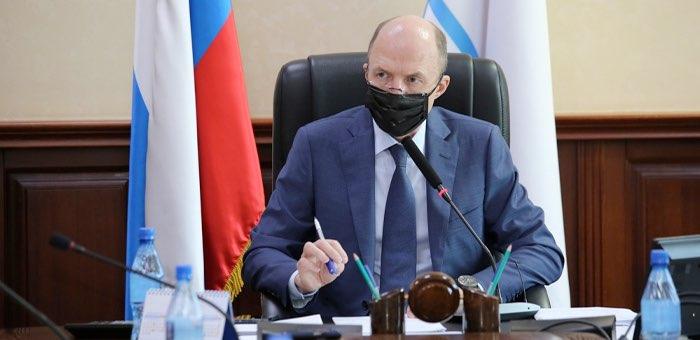 Олег Хорохордин провел совещание с министрами и главами районов