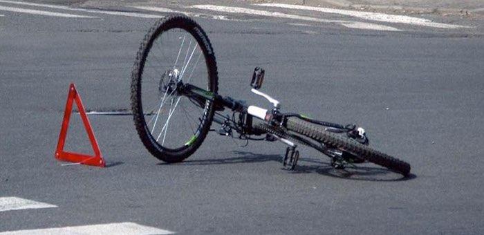 Водитель автомобиля взыскал материальный ущерб со сбитой им велосипедистки