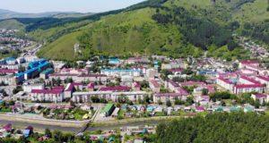В Горно-Алтайске благоустраивают дворовые территории