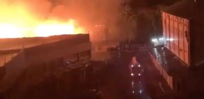 Крупный пожар случился в Горно-Алтайске (видео)