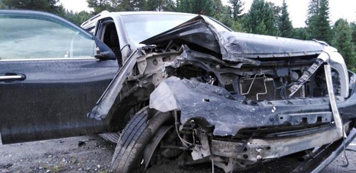 И снова ДТП на Семинском: новосибирец не вписался в поворот и врезался во встречный внедорожник
