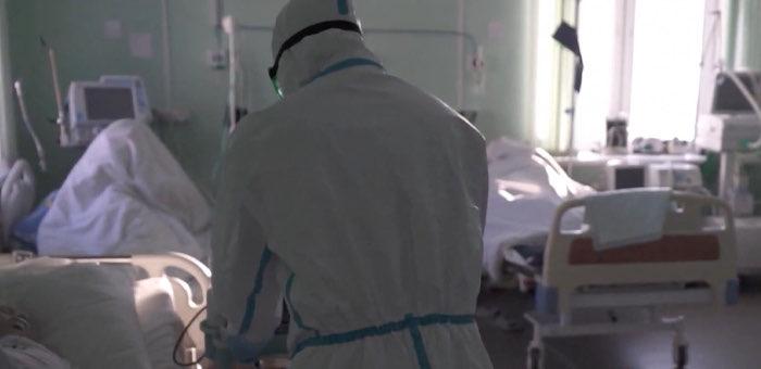 Заболеваемость ковидом сокращается, но «тяжелых пациентов» все так же много