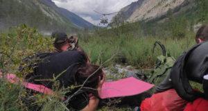 Туристка из Новосибирска травмировала ногу в горах, ее эвакуировали вертолетом
