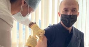 Олег Хорохордин поставил прививку от коронавируса
