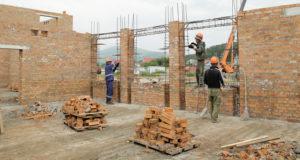 В Горно-Алтайске продолжается строительство крупнейшего в республике детсада