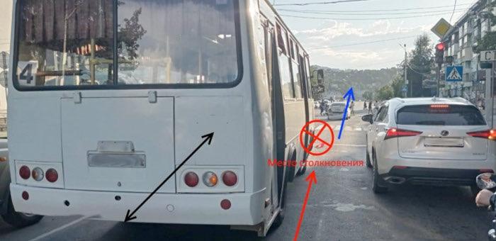 Водитель автобуса на «мебельном перекрестке» врезался в остановившуюся перед ним иномарку