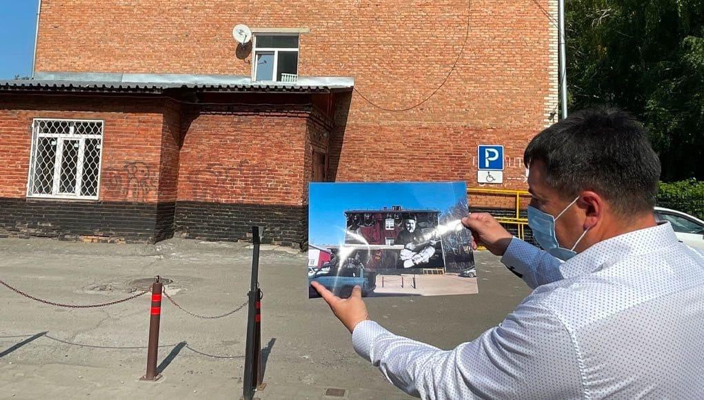 На стене педагогического колледжа появится потрет Николая Улагашева