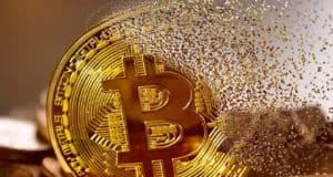 Горожанка подарила мошенникам 362 тысячи, надеясь заработать на криптовалюте