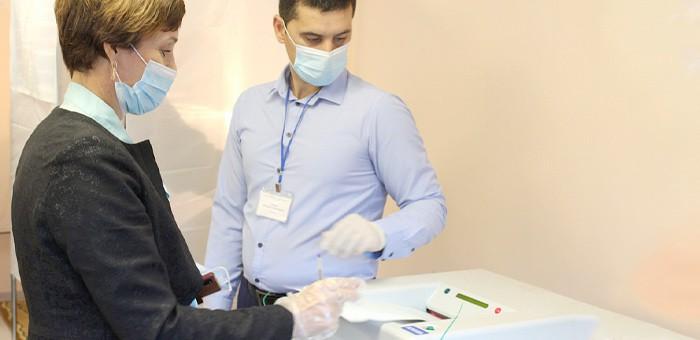 Градоначальники проголосовали на выборах депутатов Госдумы