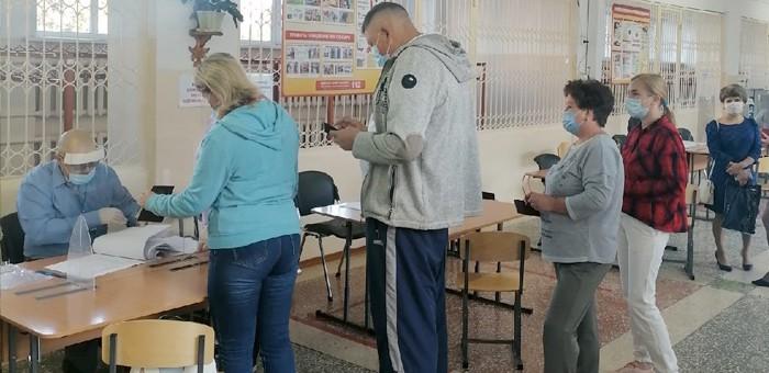 В Республике Алтай за ходом выборов помимо наблюдателей следят блогеры