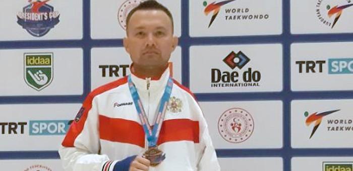 Аржан Арбаков в третий раз стал бронзовым призером чемпионата Европы по паратхэквондо