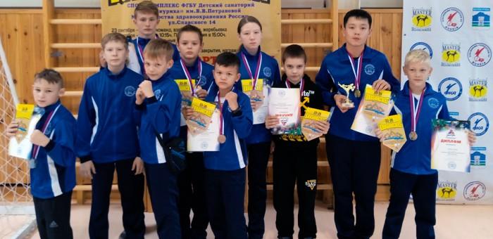 Кикбоксеры из Горного Алтая успешно выступили на турнире в Белокурихе