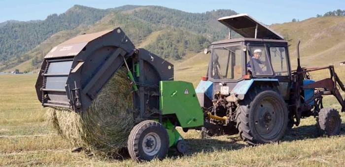 В Онгудайском районе полным ходом идет заготовка кормов