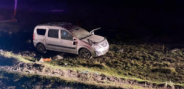 В Усть-Канском районе погиб водитель Lada Largus