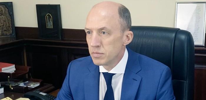 Олег Хорохордин в ходе «Прямой линии» ответил на вопросы жителей республики