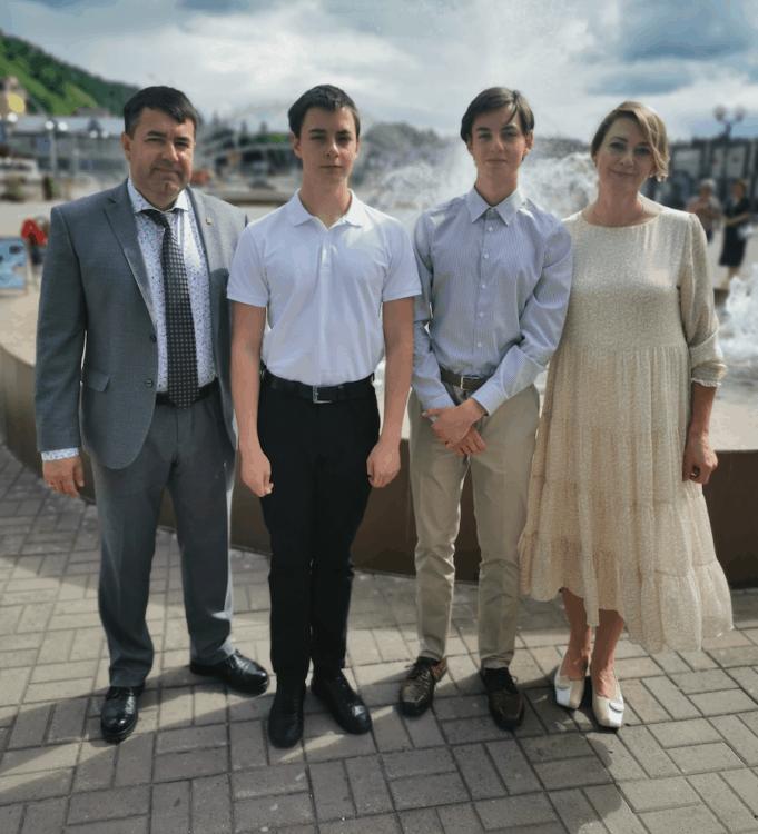 Роман Птицын: Семья дает цель в жизни