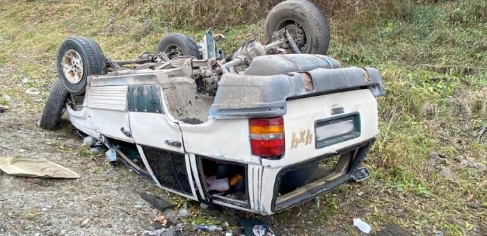 Два жителя республики угнали и разбили Jeep Grand Cherokee