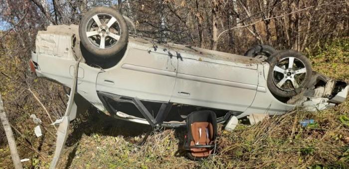 Молодой житель Манжерока перевернул машину на Чуйском тракте