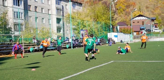В Горно-Алтайске прошел футбольный турнир памяти Сергея Пекпеева