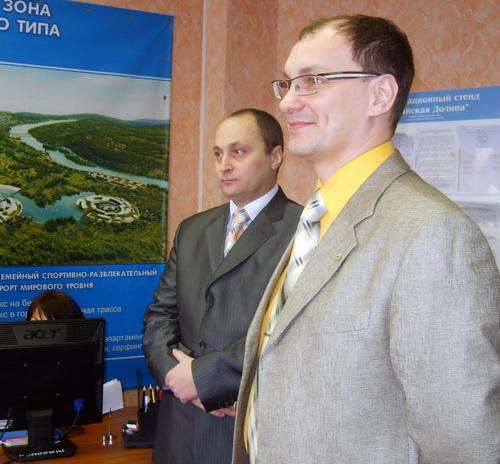 Новые резиденты Иван Абрамов и Алексей Семиков (слева)