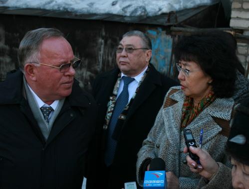 Глава республики Александр Бердников интересуется мнением интеллигенции о целесообразности возвращения мумии в Горно-Алтайск