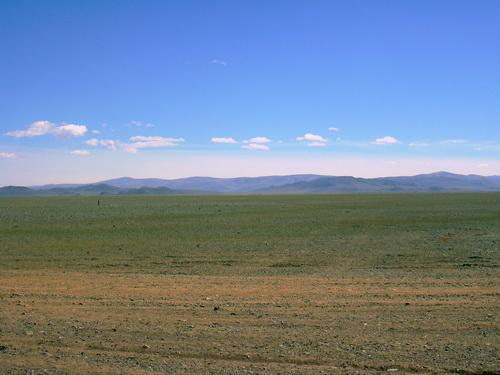 Типичный пейзаж Чуйской степи