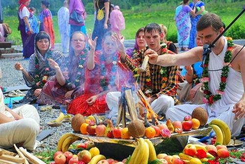 Ягья (древняя ведическая церемония для рождения благочестивых детей)
